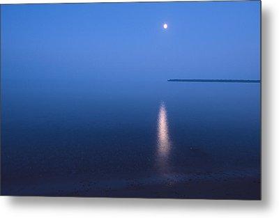 Moonrise On Lake Superior Metal Print