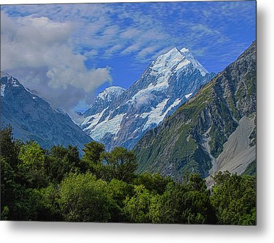 Metal Print featuring the photograph Mount Cook by David Gleeson