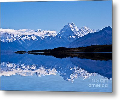 Mount Cook With Reflection Metal Print by Avalon Fine Art Photography