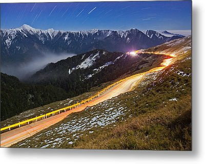 Mountain Road Metal Print by Higrace Photo