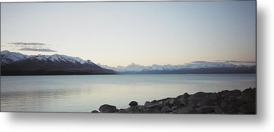 Metal Print featuring the photograph Mt Cook From Lake Pukaki by Peter Mooyman