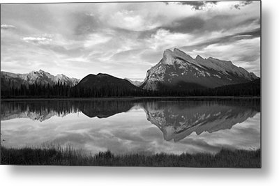 Mt. Rundel Reflection Black And White Metal Print