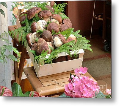 Mushrooms For Sale Italy Metal Print by Laura Ramsey