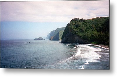 Na Pali Coast Metal Print by C Sitton