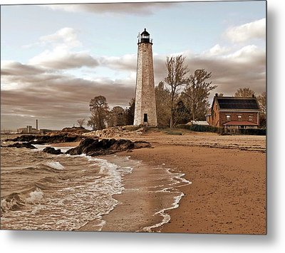 New Haven Lighthouse Metal Print by Frank Garciarubio