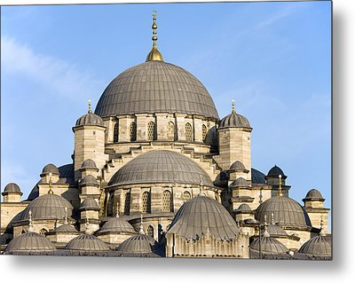 New Mosque In Istanbul Metal Print by Artur Bogacki