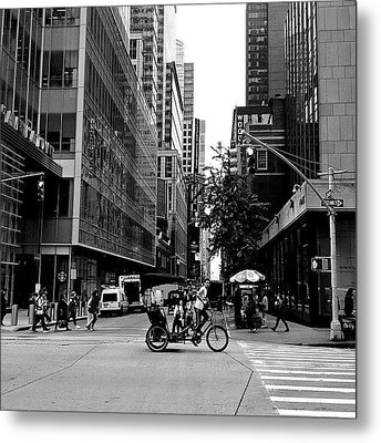 New York City Flow Of Life Metal Print by Vivienne Gucwa