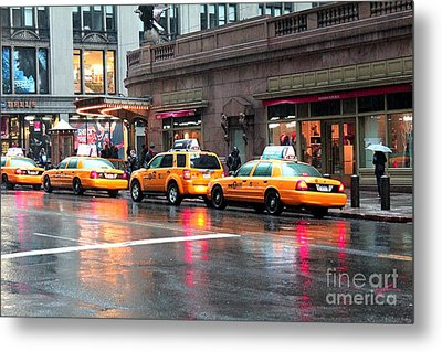 Metal Print featuring the photograph New York's Famous Cabs by Laurinda Bowling