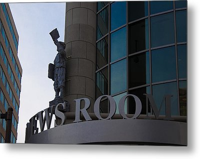 Metal Print featuring the photograph News Room by Stephanie Nuttall