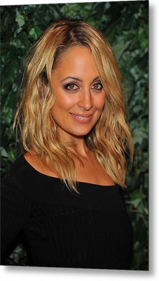 Nicole Richie At Arrivals For Qvc Red Metal Print by Everett