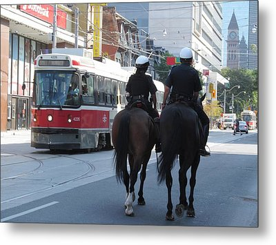 No Need For The Streetcar Metal Print by Alfred Ng