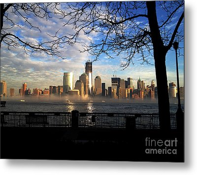 Metal Print featuring the photograph Nyc Fog by Thanh Tran