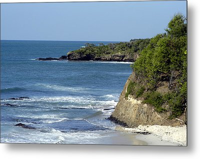 Ocean Break Metal Print