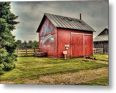 Metal Print featuring the photograph Ohio Barn by Mary Timman