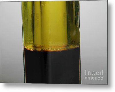Oil And Vinegar Metal Print by Photo Researchers