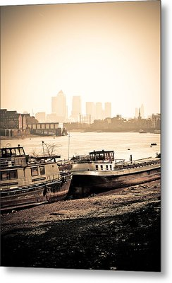 Metal Print featuring the photograph Old And New London Town by Lenny Carter