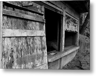 Metal Print featuring the photograph Old Army Defense  by Elizabeth  Doran