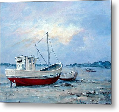 Old Boats On Shore Metal Print by Gary Partin