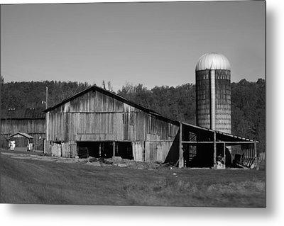 Old Farm Barn In Kentucky Metal Print