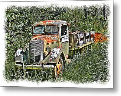 Old Ford Flatbed Metal Print by William Havle