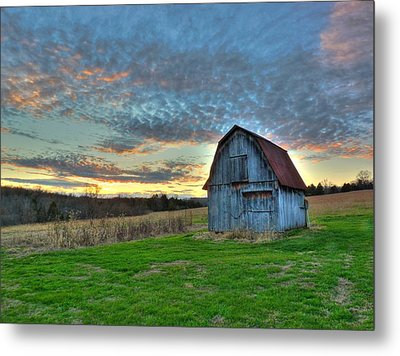 Metal Print featuring the photograph Old Mines Barn by William Fields