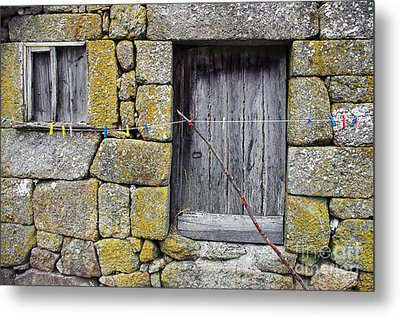 Old Rural House Metal Print by Carlos Caetano