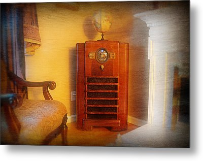 Old Time Radio Metal Print by Paul Ward
