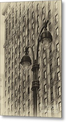 Metal Print featuring the photograph Old Tyme Ny by Vicki DeVico