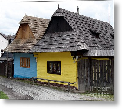 Metal Print featuring the photograph Old Wooden Homes by Les Palenik
