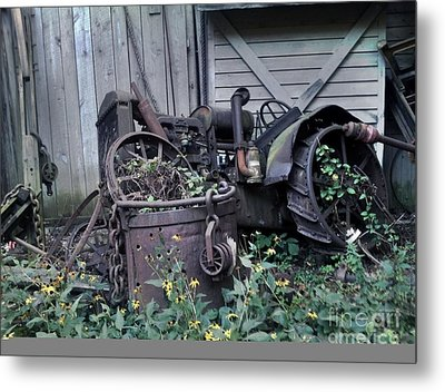 Metal Print featuring the photograph Older Days by Janice Spivey