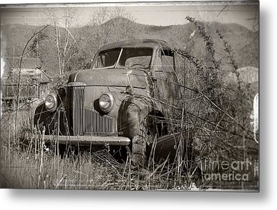 Metal Print featuring the photograph Ole Studebaker II by Laurinda Bowling