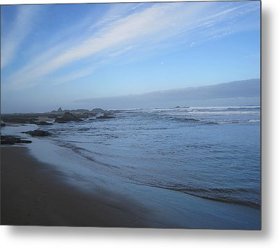 Metal Print featuring the photograph Oregon Coast In Blue by Karen Molenaar Terrell