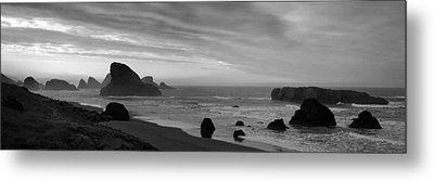 Oregon Coast Panorama Black And White Metal Print