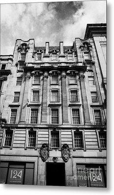 Ornate Facade Of 124 St Vincent Street Refurbished Into Modern Office Space Glasgow Scotland Uk Metal Print by Joe Fox