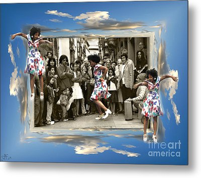Out Of Frame Freedom Metal Print by Rosa Cobos