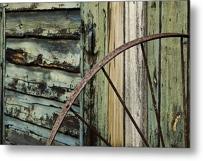 Metal Print featuring the photograph Outside Of An Old Barn by Nancy De Flon