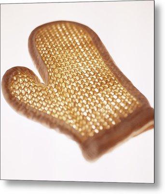 Oven Glove Metal Print by Cristina Pedrazzini