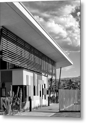 Palm Springs Animal Shelter Bw Palm Springs Metal Print by William Dey