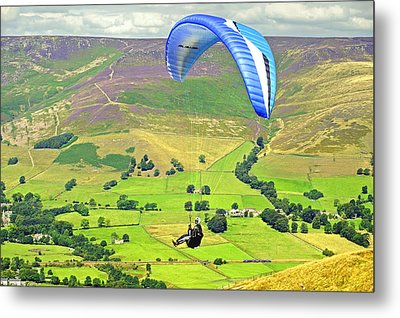 Paragliding Off Mam Tor 01 Metal Print by Rod Johnson