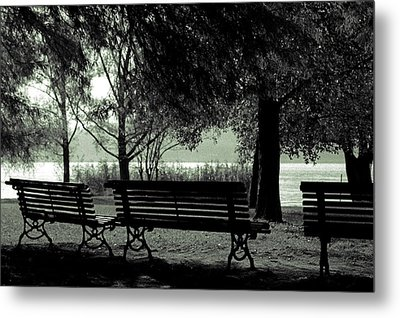Park Benches In Autumn Metal Print by Joana Kruse
