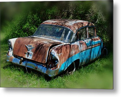 Parked Metal Print by Lisa Moore