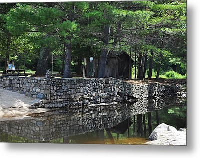 Pasquaney Creek Metal Print by Vanessa Williams
