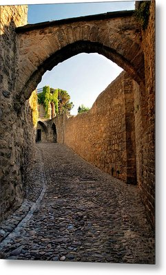 Metal Print featuring the photograph Pathway Through Gordes France by Dave Mills