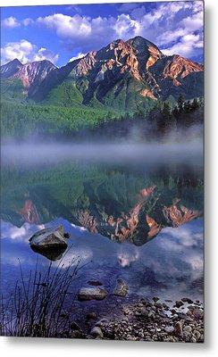 Patricia Lake Banff Canada Metal Print by Dave Mills