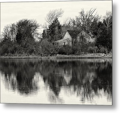 Peace Amidst The Chaos Metal Print by Vicki Jauron