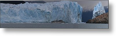 Metal Print featuring the photograph Perito Moreno by Andrei Fried