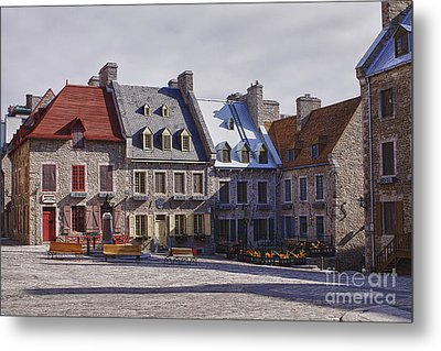 Metal Print featuring the photograph Place Royale by Eunice Gibb