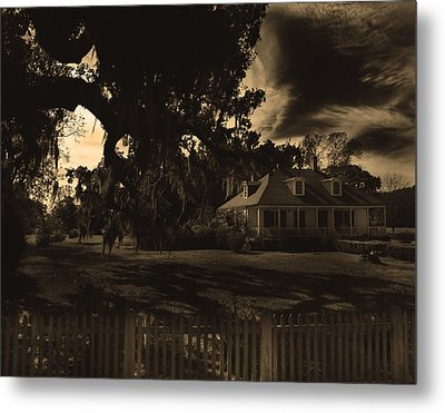 Plantation House  Metal Print by Maggy Marsh