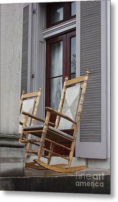 Plantation Rocking Chairs Metal Print by Carol Groenen