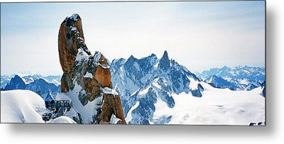Pointing To The Sky Metal Print by C Sitton